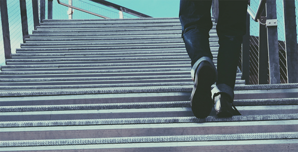 5 Ways to Advance Your Career Every Day