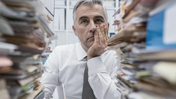 Stuck in the Middle - the Woes of Middle Management